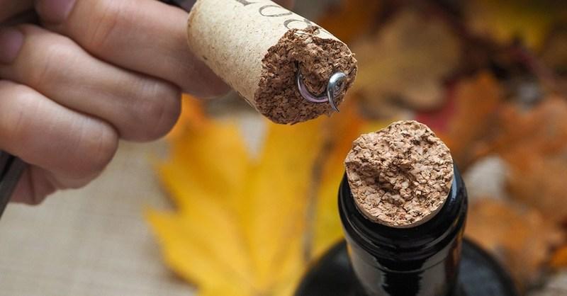 broken wine cork, bad wine