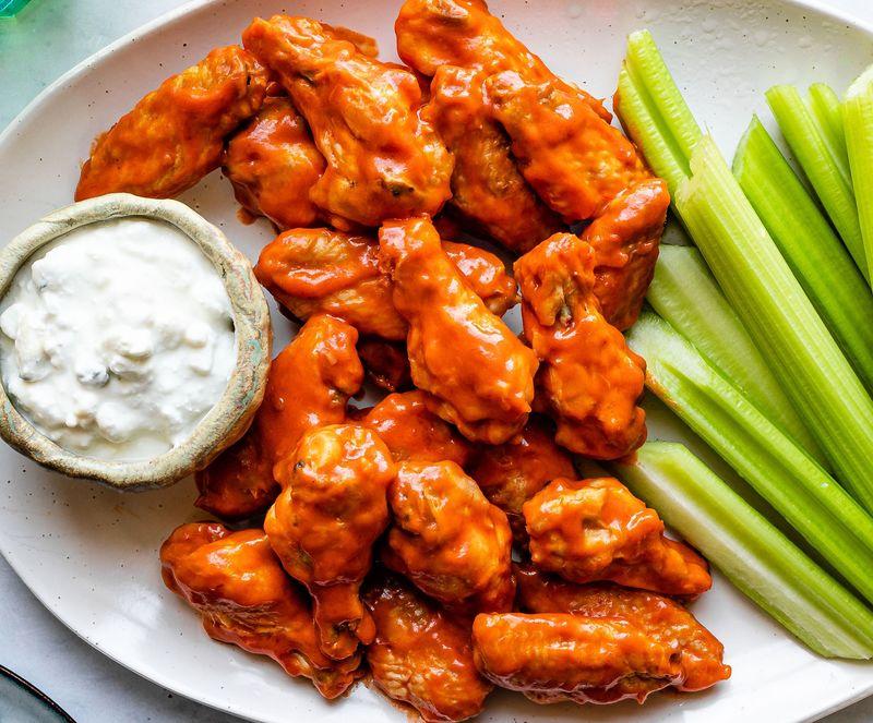 buffalo wings, celery, snack food
