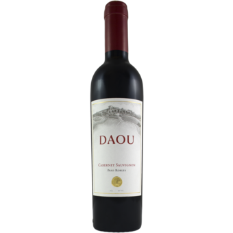 Bottle shot for 2018 Daou Cabernet Sauvignon Paso Robles