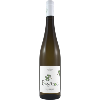Bottle shot for 2020 Passaros Loureiro