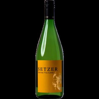 Bottle shot for 2020 Setzer Gruner Veltliner